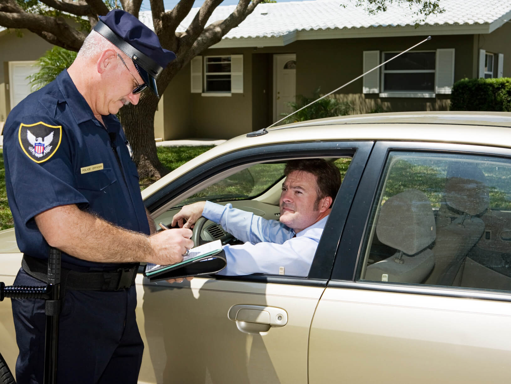 Speeding Ticket Lawyer >> Police - Writing Ticket - Atlanta Traffic Ticket Lawyer